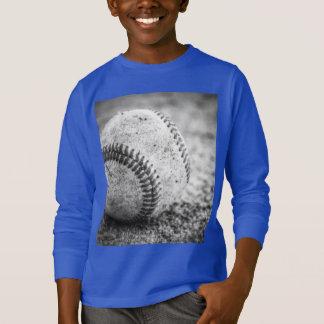 白黒の野球 Tシャツ