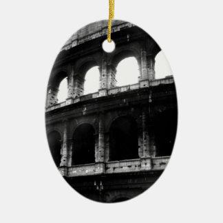 白黒のColosseumのローマ帝国 セラミックオーナメント