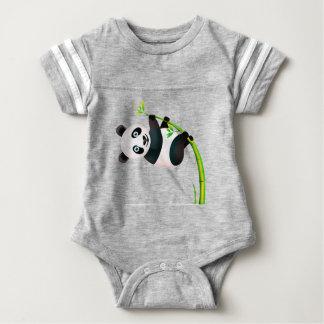 白黒ぶら下がったなパンダのタケ枝茎 ベビーボディスーツ