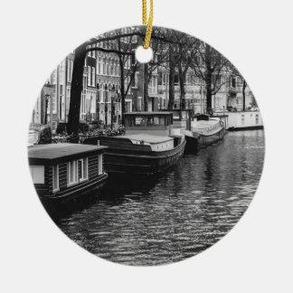 白黒アムステルダム運河の写真 セラミックオーナメント