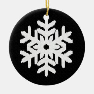 白黒イカットの雪片- セラミックオーナメント