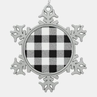 白黒ギンガムの点検パターン スノーフレークピューターオーナメント