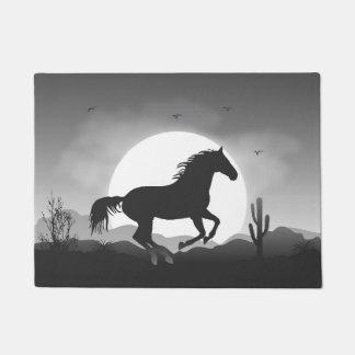 白黒シルエットのあなたの文字の馬を加えて下さい ドアマット