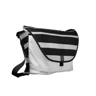 白黒ストライプのなメッセンジャーバッグ メッセンジャーバッグ