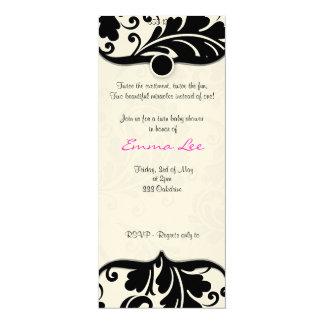 白黒ダマスク織の双生児のbabyshowerの招待 カード