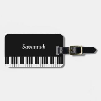 白黒ピアノキーボードのキー ラゲッジタグ