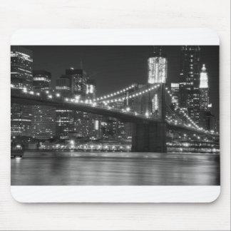 白黒ブルックリン橋- マウスパッド