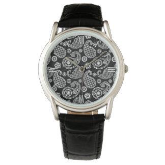 白黒ペイズリーパターン 腕時計