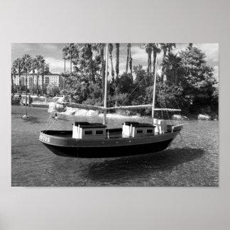 白黒ボートの写真 プリント