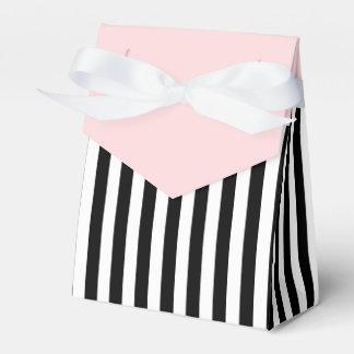 白黒リボンのピンクの結婚祝いを縞で飾ります フェイバーボックス