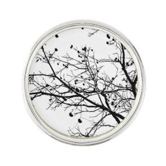 白黒冬のツリーブランチ ラペルピン