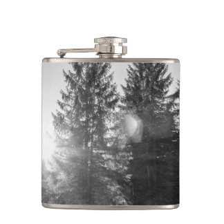 白黒冬の森林景色 フラスク