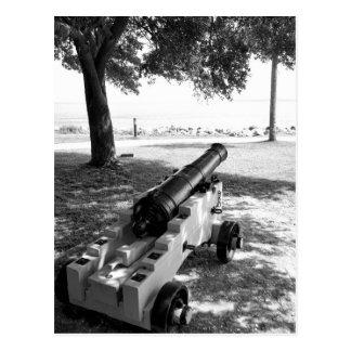 白黒旧式な内戦の軍の大砲 ポストカード