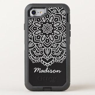 白黒曼荼羅の花の名前入りな名前 オッターボックスディフェンダーiPhone 7 ケース