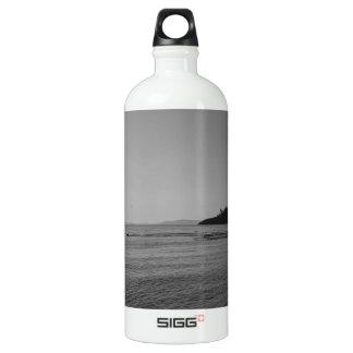 白黒海の日没 ウォーターボトル