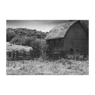白黒素朴な納屋 キャンバスプリント