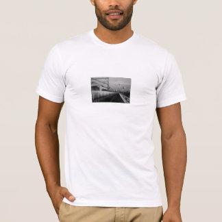 白黒駅 Tシャツ