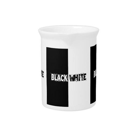 白黒 ピッチャー