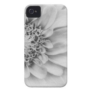 白黒《植物》百日草 Case-Mate iPhone 4 ケース
