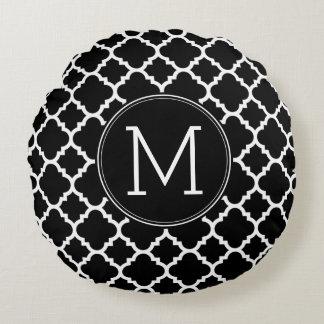 白黒Quatrefoilパターン習慣のモノグラム ラウンドクッション