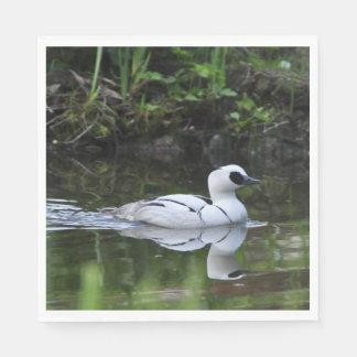 白黒Smewまたは海の潜水ガモの水鳥 スタンダードランチョンナプキン