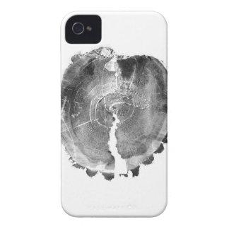 白黒X線の効果の芸術的な木切り株 Case-Mate iPhone 4 ケース