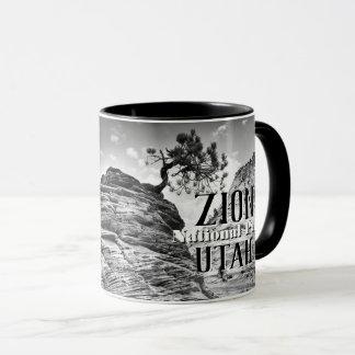 白黒Zionの盆栽の木の写真 マグカップ