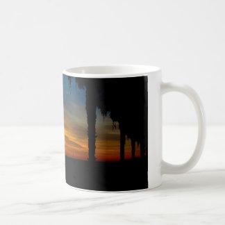 白11のozのクラシックで白いマグ-日没 コーヒーマグカップ