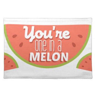 百万のおもしろいなフルーツのしゃれあなたは1 (メロン) ランチョンマット