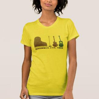 百万匹のドルの四つ組の楽器-色 Tシャツ