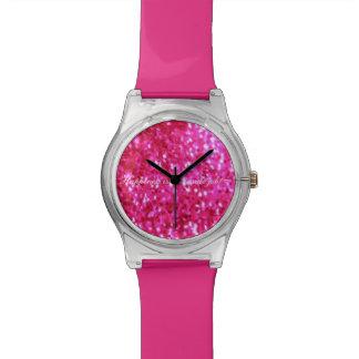 皆はかわいらしいピンクの輝きの腕時計を愛します 腕時計