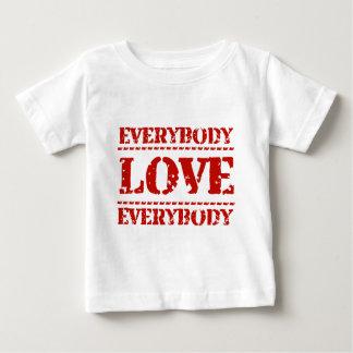 皆は皆を愛します ベビーTシャツ
