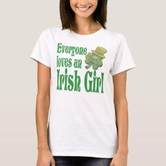 皆L ovesアイルランドの女の子のシャムロック Tシャツ