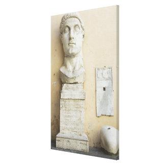 皇帝の巨大な彫像の部品 キャンバスプリント