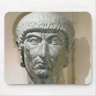 皇帝コンスタンチーヌIの巨大な頭部 マウスパッド