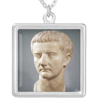 皇帝Tiberiusの頭部 シルバープレートネックレス