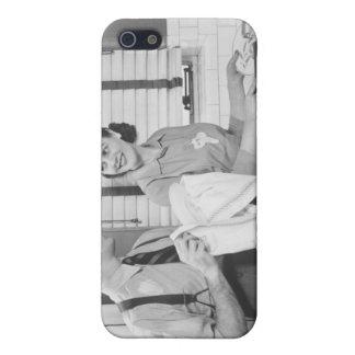皿をしている人および女性 iPhone 5 CASE
