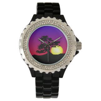 盆栽のシルエットの日没のラインストーンの腕時計 腕時計