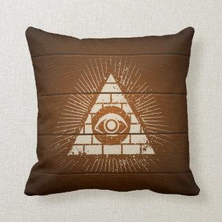 目が付いているピラミッド クッション
