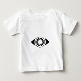 目の写真撮影シャッター ベビーTシャツ