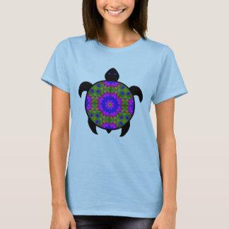 目まぐるしい曼荼羅のカメのデザイン Tシャツ