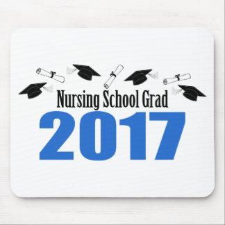 看護専門学校の卒業生2017の帽子および免状(青い) マウスパッド