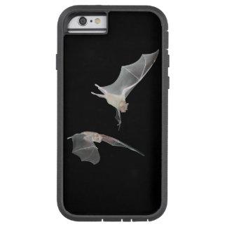 真夜中に飛ぶ2つのこうもり。 TOUGH XTREME iPhone 6 ケース