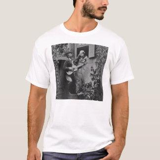 真夜中の吟遊詩人のセレナーデ-ヴィンテージ1881年 Tシャツ
