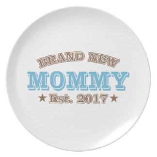 真新しいお母さん米国東部標準時刻。 2017年(青) プレート