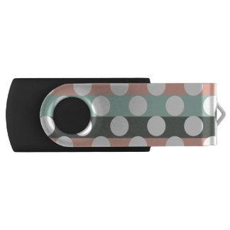 真新しいピンクの灰色白のモダンな水玉模様パターン USBフラッシュドライブ