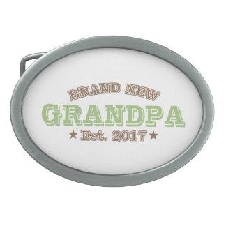真新しい祖父米国東部標準時刻。 2017年(緑) 卵形バックル