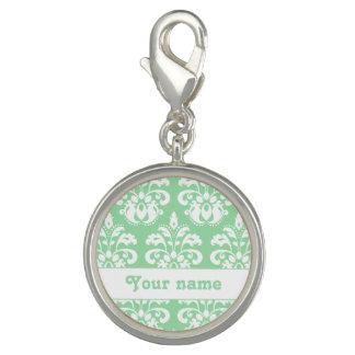 真新しい緑および白いダマスク織の名前入りな名前 チャーム