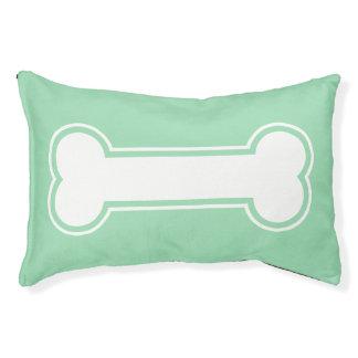 真新しい緑および白い漫画の犬用の骨 スモールドッグベッド