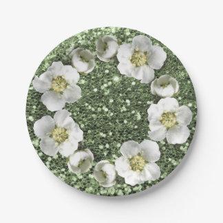 真新しい緑のきらめく花のリースの結婚式のグリッター ペーパープレート